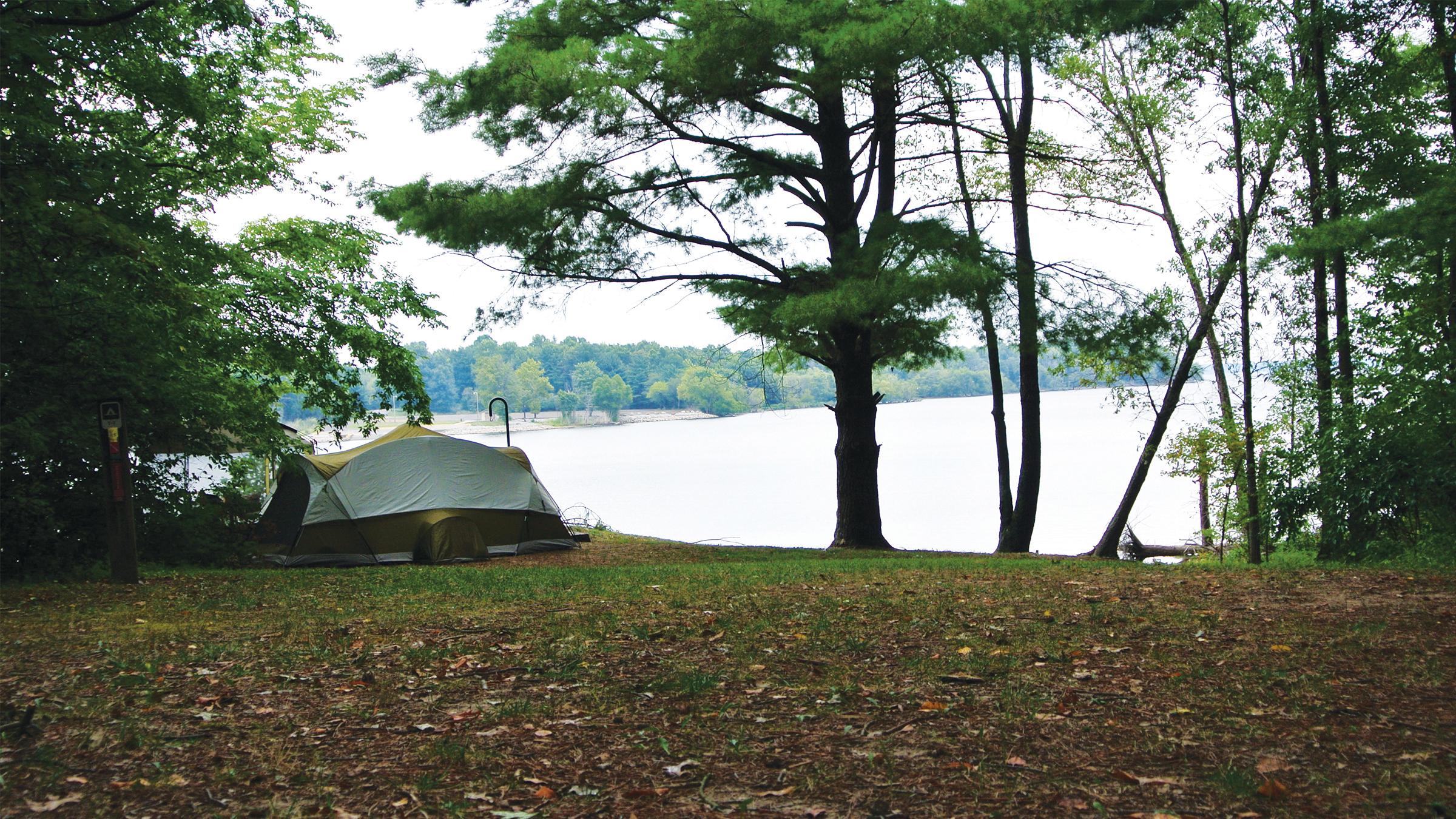 A Camp S Sandusky 02 xx tent