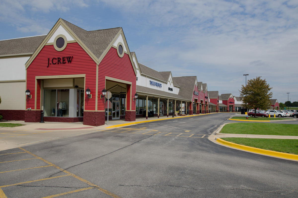 Tanger Outlet - Tuscola is in Illinois, city Tuscola. Tanger Outlet - Tuscola is situated on adress D Tuscola Blvd., Suite , Tuscola,, Find and choose store on the list below placed at Tanger Outlet - Tuscola. List contains the best brand names and designer stores/5(43).