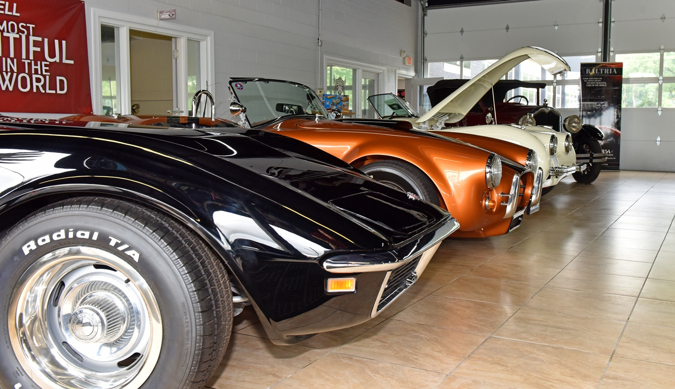 Baltria Vintage Auto Gallery | Enjoy Illinois