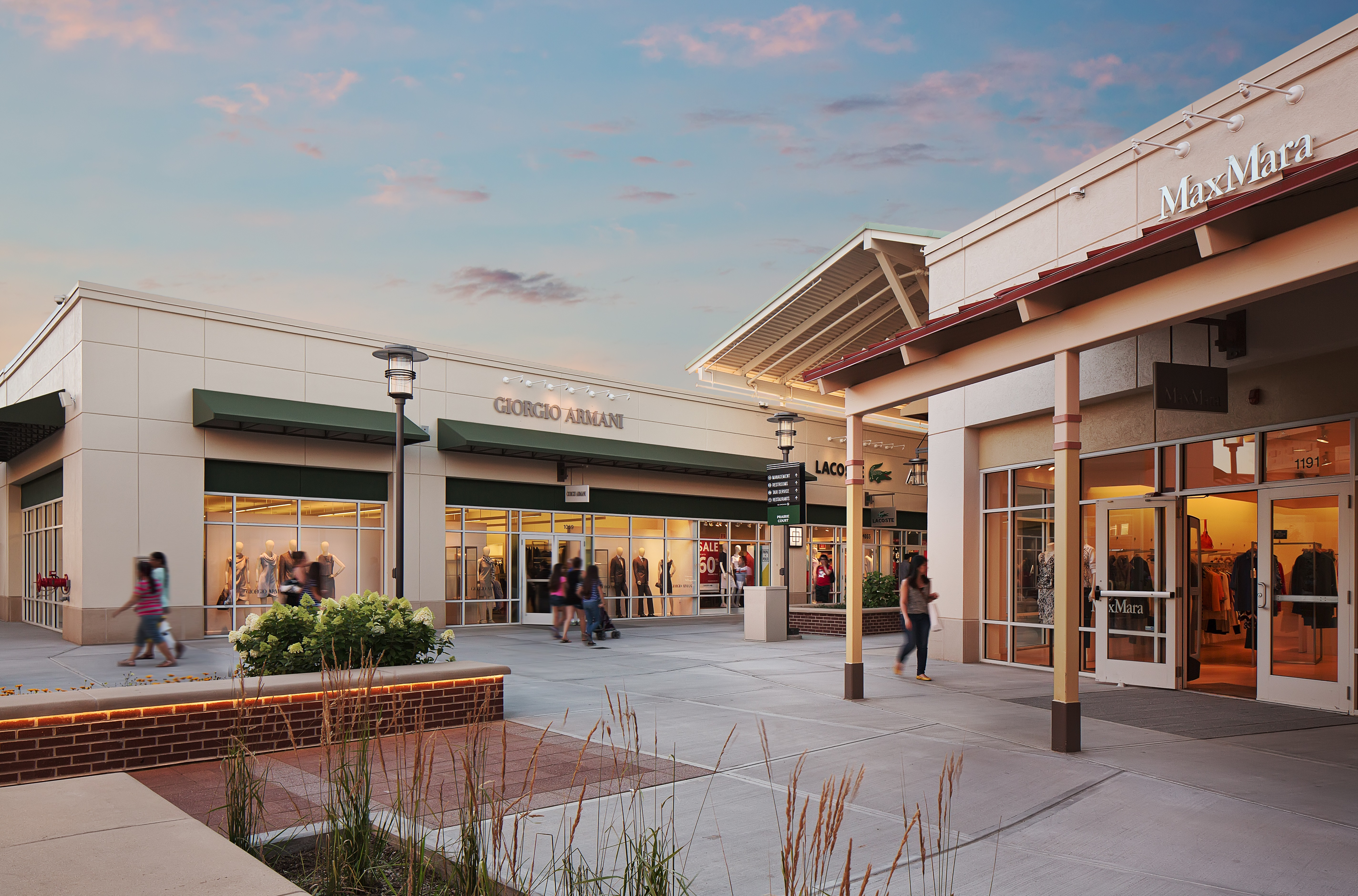 8db5f2e72cf8f6 Chicago Premium Outlets