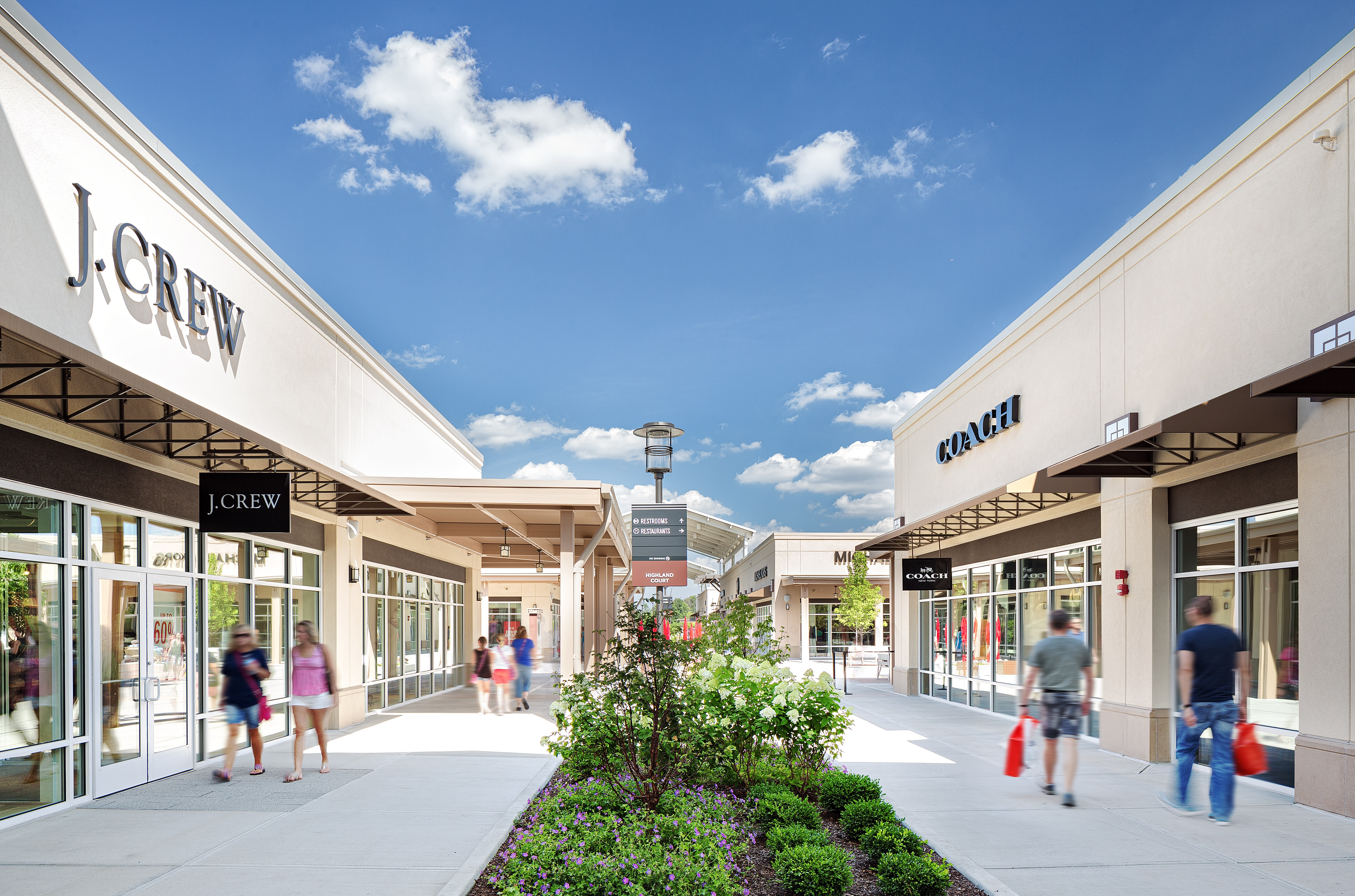 Outlet Table - Michael Kors Outlet - Store Locations, Hours Fashion premium outlet chicago