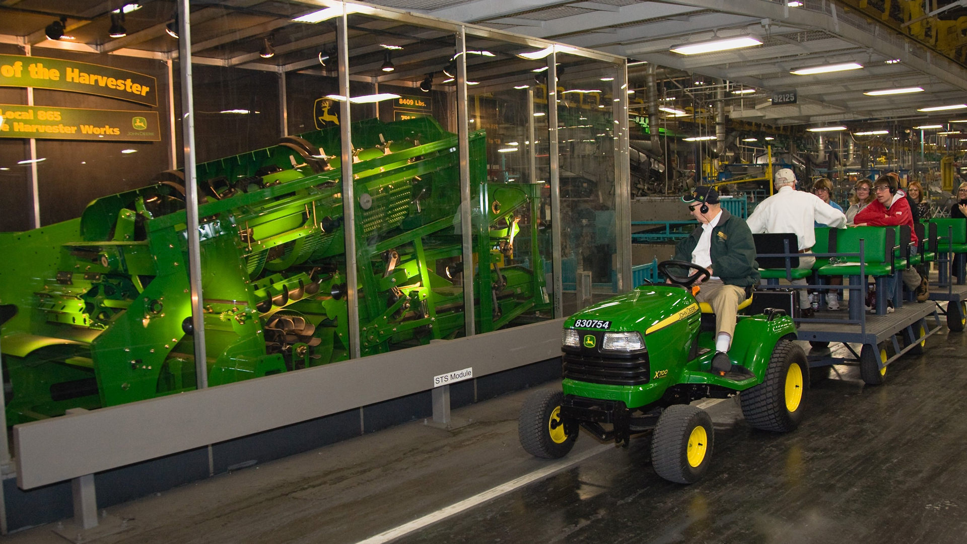 John Deere Harvester Works Combine Factory Tours Enjoy
