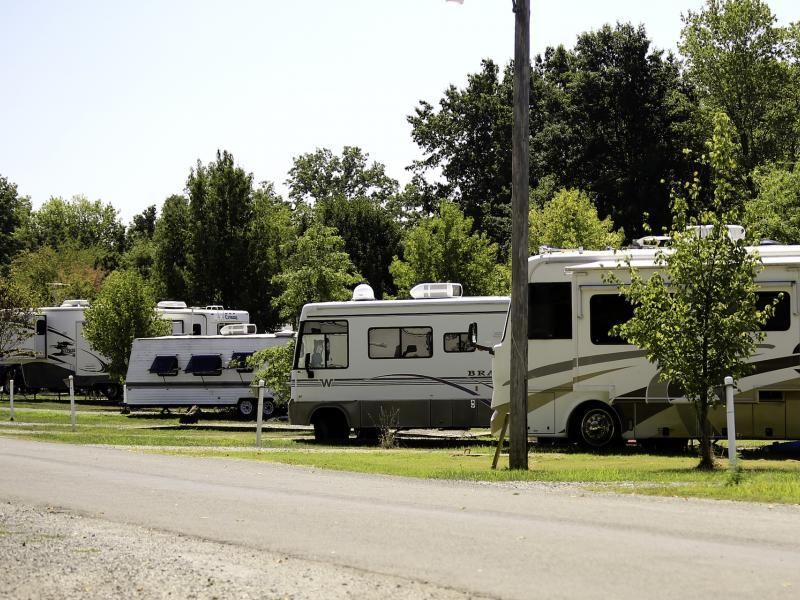 Arrowhead Lake Campground Johnston City Illinois