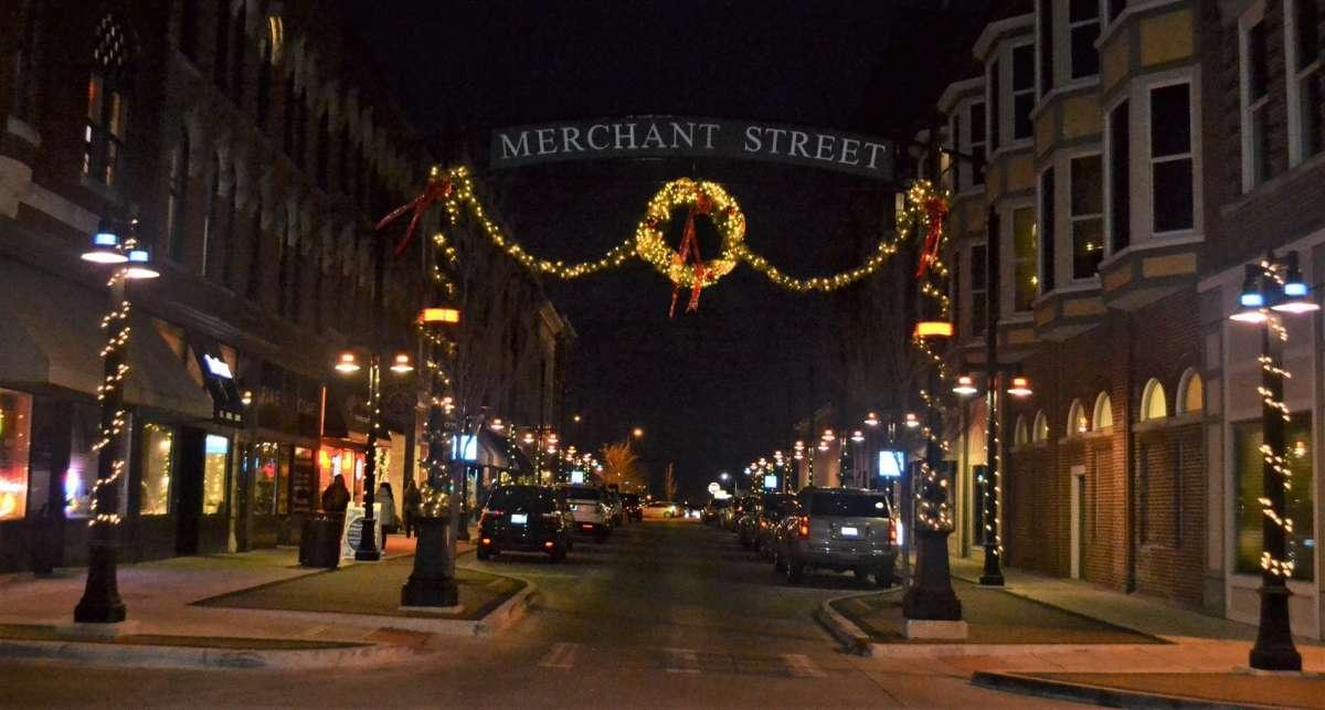 Downtown Decatur Il Christmas Walk 2020 Decatur Christmas Walk | Enjoy Illinois