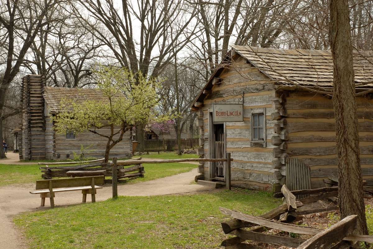 Lincoln S New Salem State Historic Site Enjoy Illinois