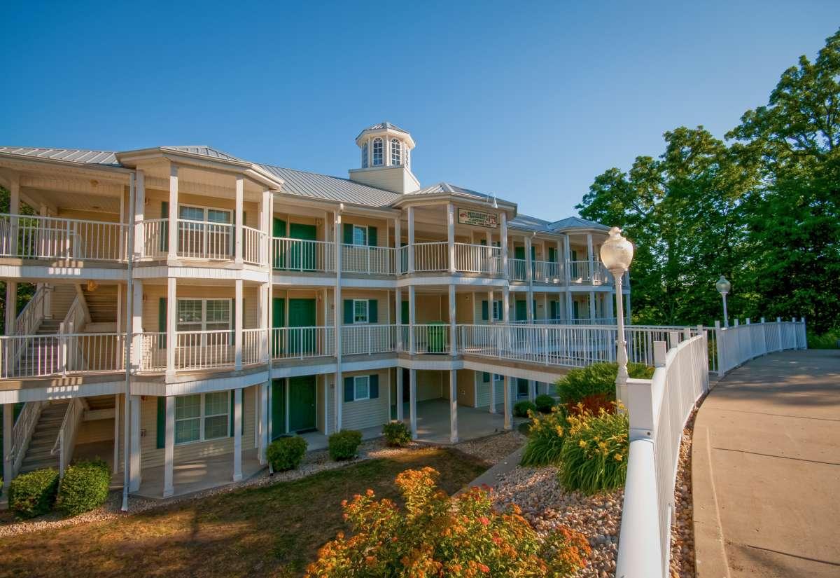 Holiday inn club vacations fox river resort enjoy illinois - The wedding garden carbondale il ...