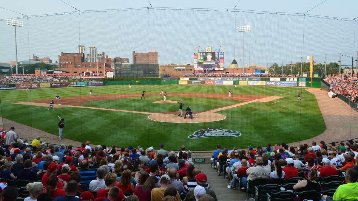 Peoria Chiefs Baseball Team Enjoy Illinois