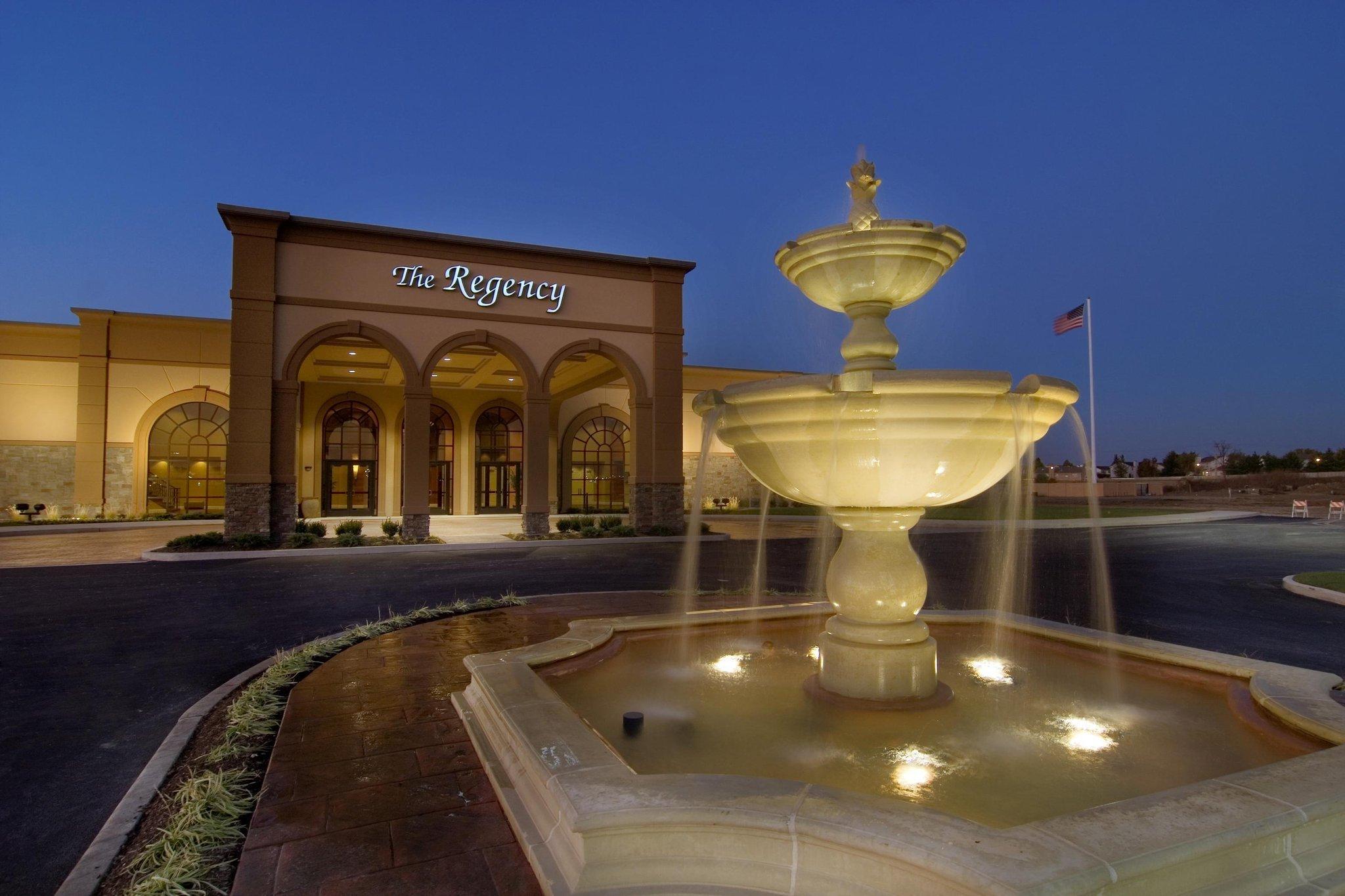 Hilton Garden Inn & The Regency Conference Center | Enjoy Illinois