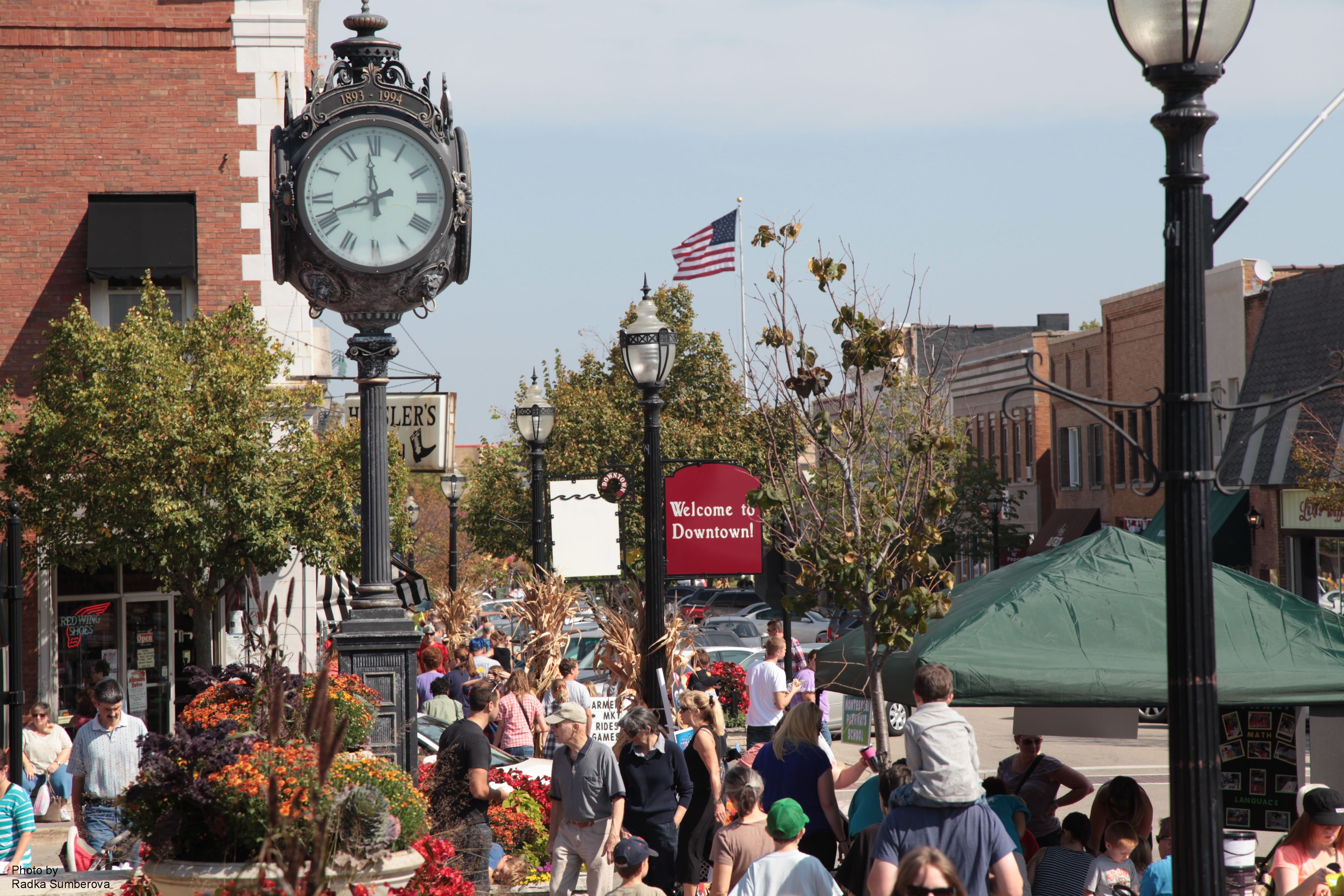 Crystal Lake Il >> Downtown Crystal Lake Main Street Enjoy Illinois