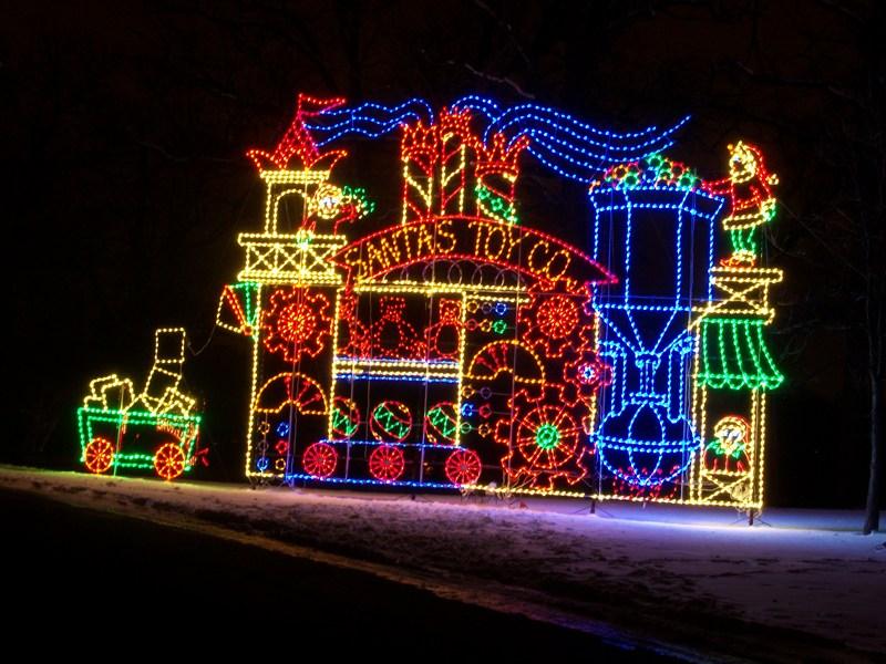 Aurora's Holiday Festival of Lights | Enjoy Illinois