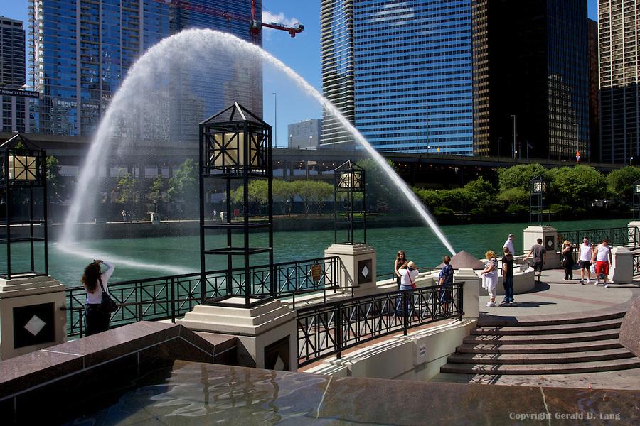 Centennial Fountain And Arc Enjoy Illinois
