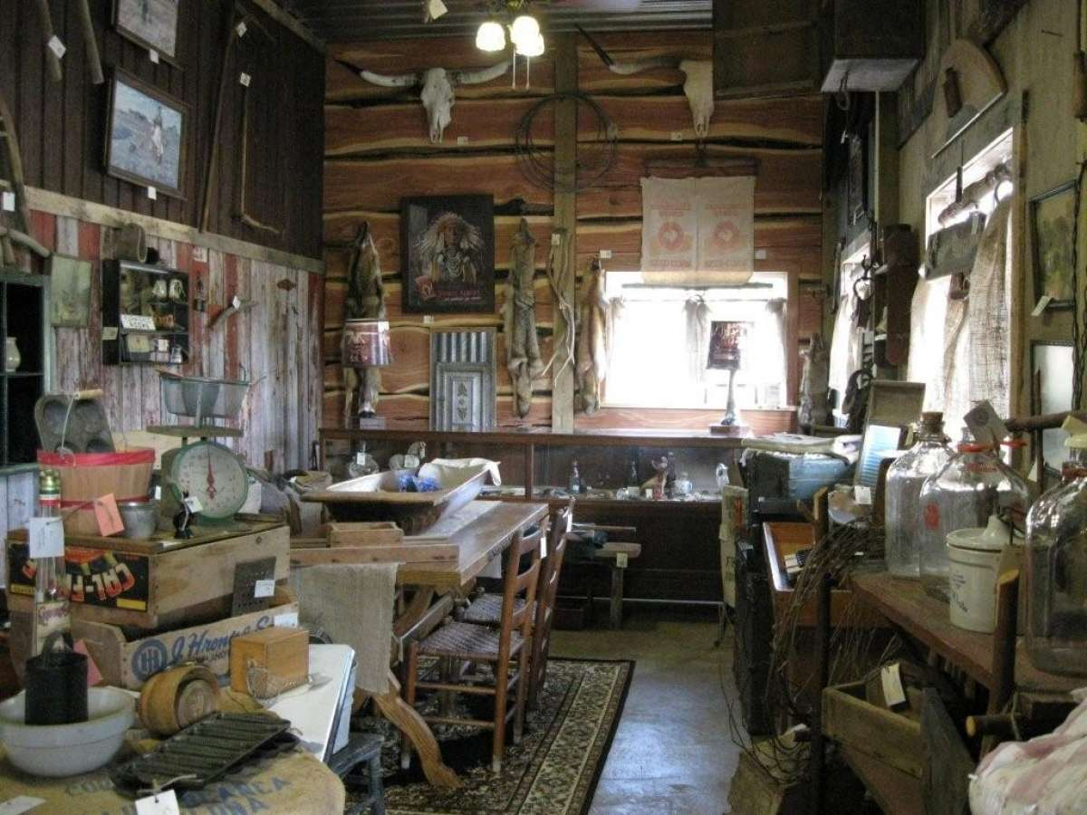 Sugar Shack Antiques Enjoy Illinois