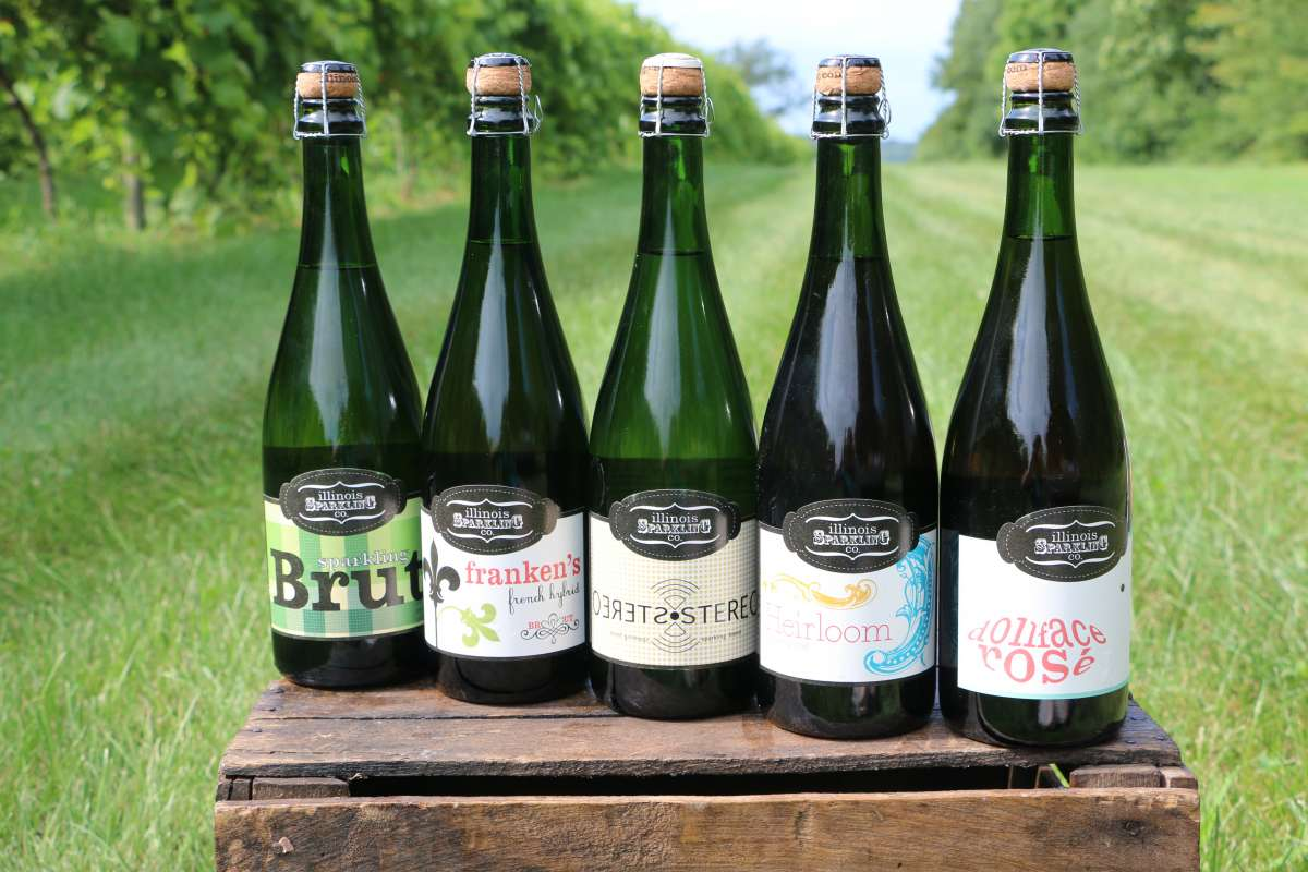 Illinois sparkling co august hill winery enjoy illinois - The wedding garden carbondale il ...