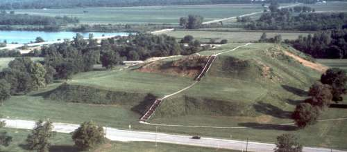 Cahokia Mounds | Enjoy Illinois