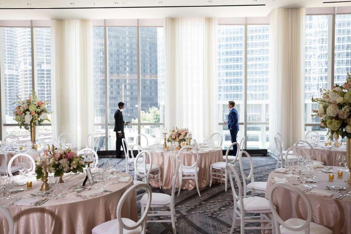 Best Same-Sex Wedding Venues In Illinois